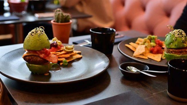 Insta Restaurant: The Avocado Show
